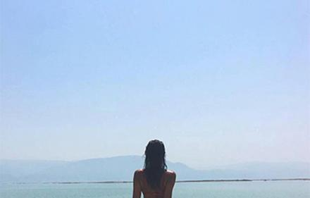We love: Дупето на Ирина по израелските плажове