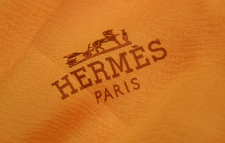 Догодина ще се гримираме с Hermès