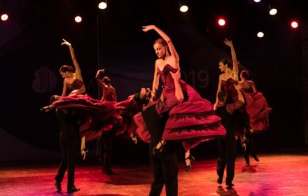 Юбилейното 35-о издание на Празници на изкуствата Аполония беше открито със спиращ дъха спектакъл на Балет Арабеск