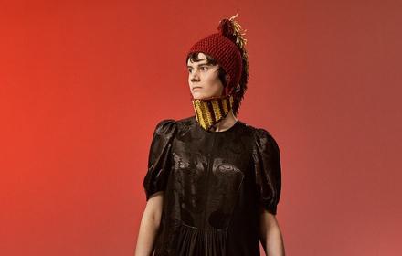 Новата капсулна колекция на Loewe - модата и изкуството могат заедно