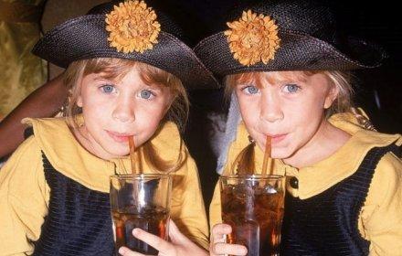 Близначките Олсън - 34 години стил в 25 папарашки кадъра