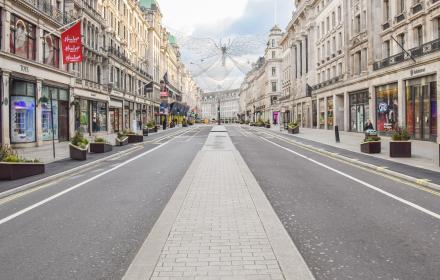 Кой е новият щам на COVID-19, който затвори Лондон?