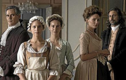 """Watch it or Skip it: Защо да гледате """"The Cook of Castamar"""", новата историческа драма по Netflix"""