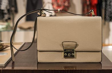 Един SALES шопинг ден в The Mall: Всичко, което си купихме в подробности