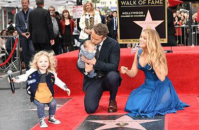 We love: Прекрасното семейство на Блейк и Райън
