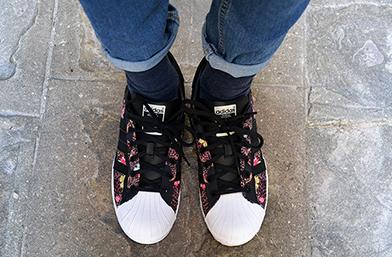Кецове номер 4: Adidas Superstar, как го носим и защо да бъде и ваш