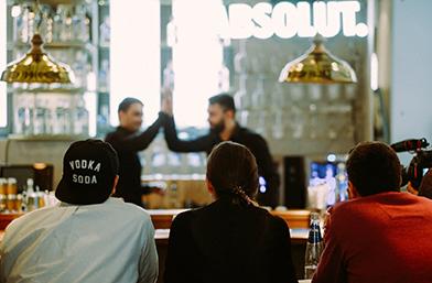 10 от най-добрите български бармани се включиха в престижния конкурс Absolut Invite