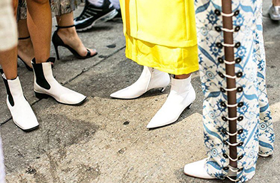 Всички носят: Бели обувки