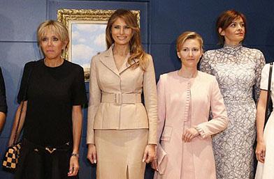 Мелания Тръмп, Десислава Радева или Бриджит Макрон! Коя е по-стилна?