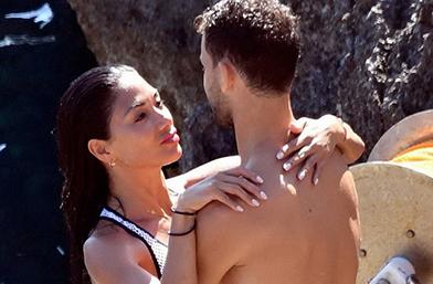 Обичта на известните: Гришо и Никол в Капри