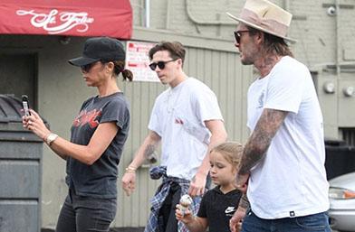 Обичта на известните: Бекъмови и децата в Лос Анджелис