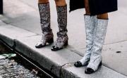 Стил урок на седмицата: Glitter boots