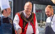 Maлките кулинарни производители празнуват традиционния Фестивал на Розовия домат