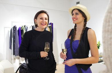 Какво ново - Михаела Филева и Сантра избраха любимите си модели от колекция Есен 2013 на H&M
