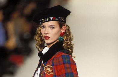 25 години царицата на подиума се казва Кейт Мос