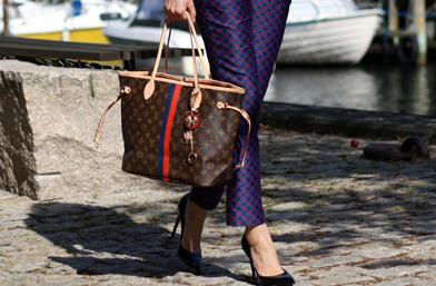 Как го прави тя - много Louis Vuitton в опитните ръце на Мари