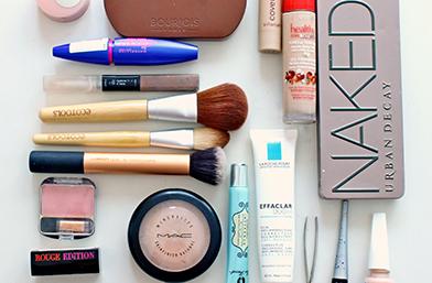 Покажи ни съдържанието на козметичния си несесер и спечели награда - ФИНАЛИСТИТЕ