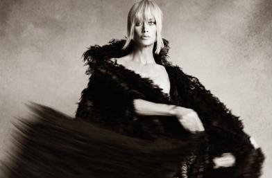 We love: Каролин Мърфи във всичките й нюанси за Vogue Paris