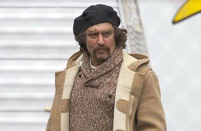 Не може да е той: Джони Деп на снимачната площадка на новия си филм