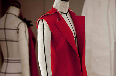 Подготовка за един кутюр - как се случва тя при Christian Dior
