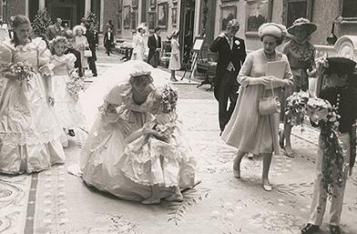 Вадят на търг неизвестни сватбени снимки на принцеса Даяна