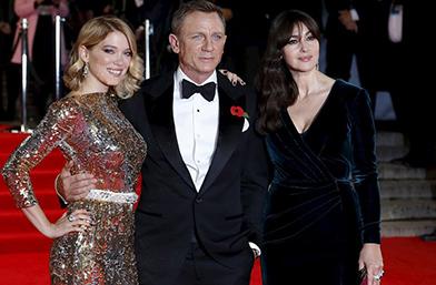 007 - Премиерата в Лондон или как изглежда Бонд в най-добрата си форма