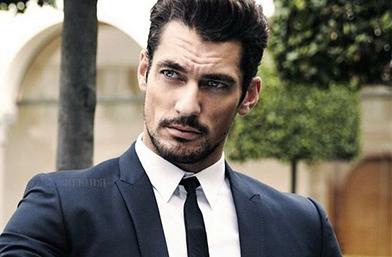 Men's Еxhibit: Офис хитрините на готиния джентълмен от съседния етаж