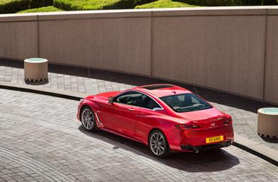 INFINITI Q60: Новото спортно купе! Завладяващ устрем за шофиране с динамични показатели