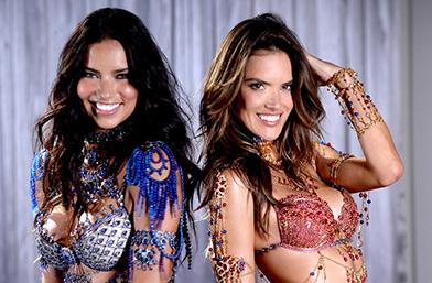 28 скъпоценни кадъра: Victoria's Secret Fantasy Bra през годините