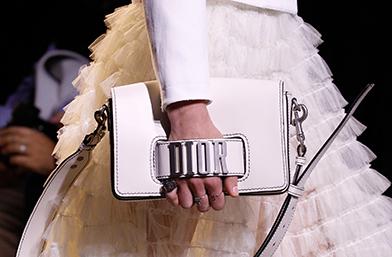 PFW: Чантите-съкровища от парижките дефилета