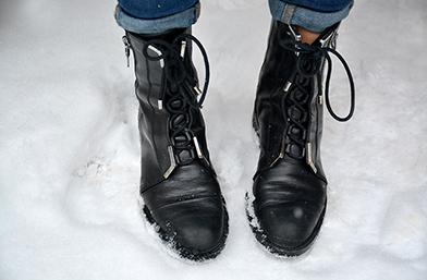 Какво носи редакцията: Обувки за зимни преспи