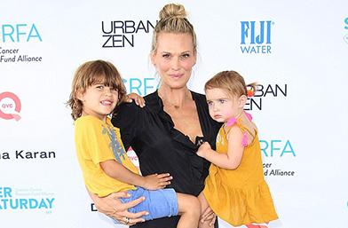 Моли Симс стана мама за трети път