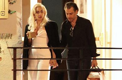 Гага влюбена до полуда в новия си!