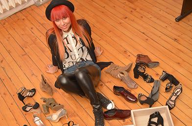 Обувките на... Теди Кацарова