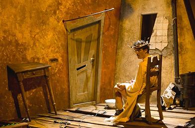 """Виртуозният моноспектакъл """"Дневникът на един луд"""" на Виктор Бодо, е част от програмата на """"Световен театър в София"""""""