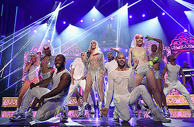Баба Шер разби сцената на Billboard Music Awards