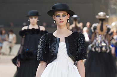 Седмица на висшата мода в Париж: Chanel Есен/Зима 2017