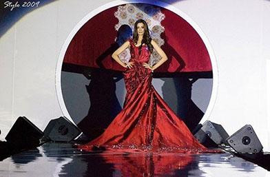 Невинаги най-скъпото е и най-красиво: 10-те най-грозни най-скъпи рокли в историята