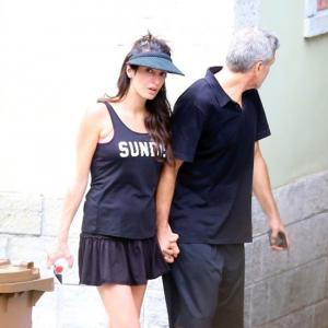 Мама и тати: Амал и Джордж на тенис в Италия