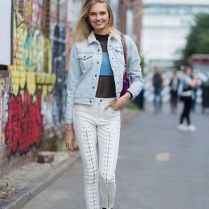Street style вдъхновения: Бял деним