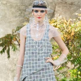 Кремена Оташлийска превзе дефилето и на Chanel