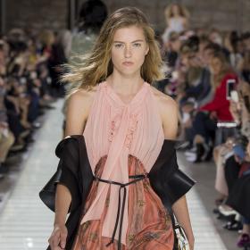 PFW Пролет/Лято 2018: Louis Vuitton