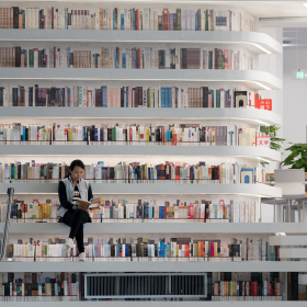Къде се побраха почти 2 милиона книги...