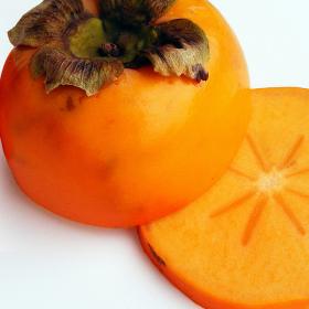Райската ябълка и ЗАЩО организмът ни я боготвори?