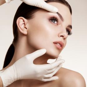 Естетична VS. Пластична хирургия: Има ли разлика?