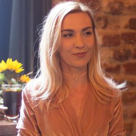 Носталгични ябълки и канела: Ралица Стоянова