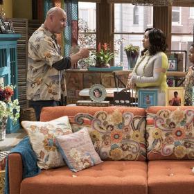 """Новият комедиен игрален сериал """"Домът на Рейвън"""" започва в събота, 10 февруари, по Дисни Ченъл"""