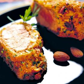 Yummy: Свинско филе с бадеми