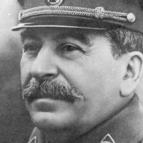 Другарят Stalin Says: Няма незаменими хора!