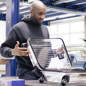 Да или Не: Прозрачният куфар на Off-White & Rimowa